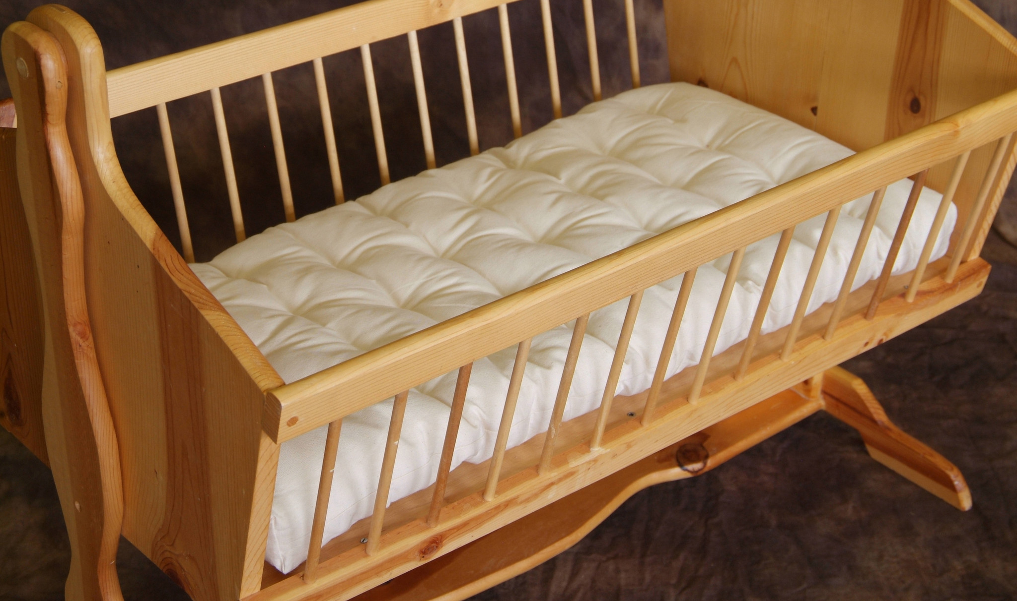 organic clothing : natural wool cradle bassinet mattress