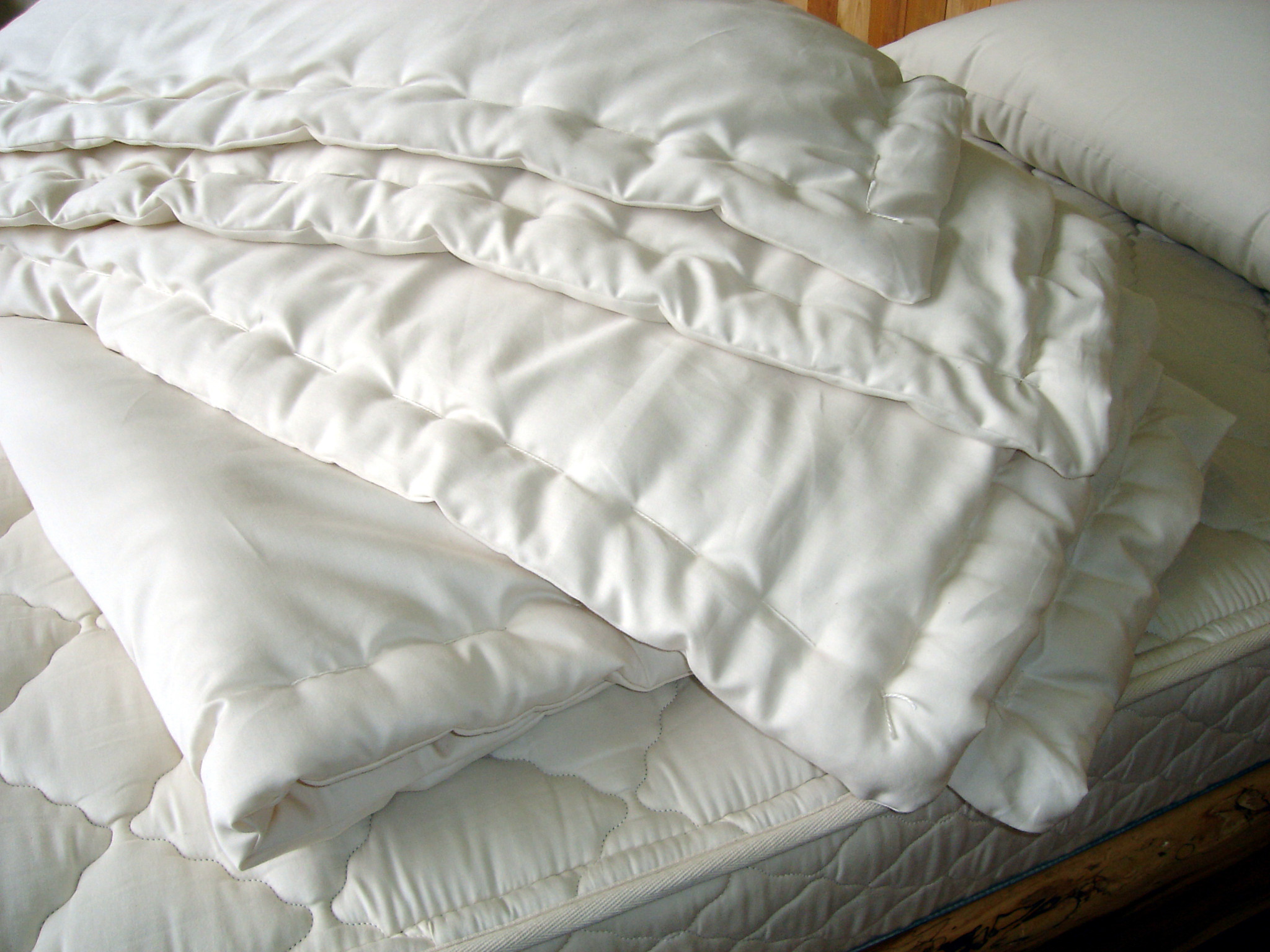 Extra Warmth Wool Comforter