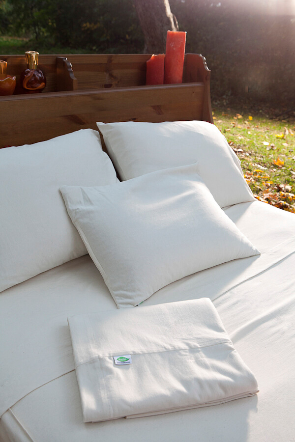 Amazing new organic Bedding and Pillow Promo!